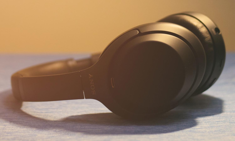 headphones gadgets