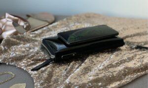 Anina Net wireless charging wallet